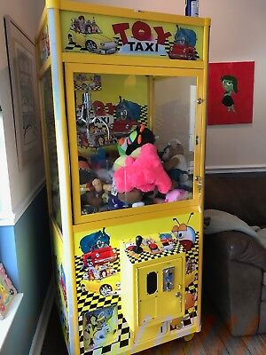 TOY TAXI  Claw Machine Coin Operated Vending
