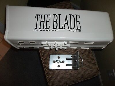 large blade news Newspaper tube with bracket and ubolt. new!!