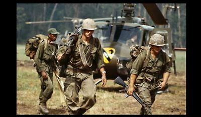 Vietnam War US Army 1st Cavalry Landing Zone PHOTO Helicopter US Army Troops