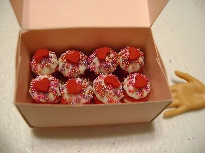 Barbie Dollhouse Food Valentine Double Decker Red Velvet Cupcakes with box  NEW