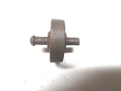 1 Antique Part Singer SEWING MACHINE Cast Wheel & Pin 1913 Model 66
