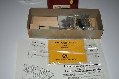 HO Scale Ye Olde Huff & Puff Western Fruit 50' Wood SD Boxcar Kit 8226 C5931