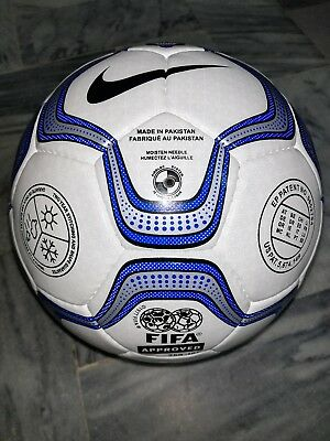 Nike Geo Merlin Lfp Official Soccer Match Ball Of Uefa Champions League cc86dd8dc6e7c