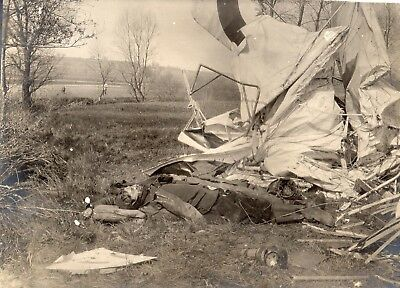 Photo - Avion français abattu par le biplan près ALTKIRCH HAUT RHIN 1914 1918