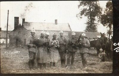 Photo allemande - Officiers à ESTREES près de BARLEUX Somme - Guerre 1914 1918