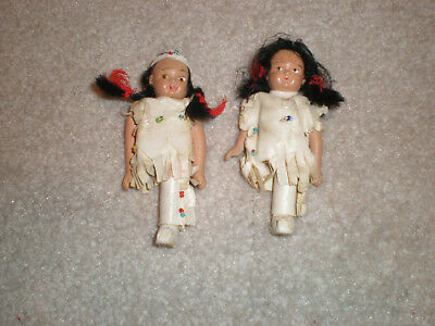 """Antique Native American Indian 1940's Pair of Dolls 3 3/4"""" high/missing a leg"""