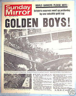 ENGLAND FIFA Win World Cup 1966 Old Newspaper Antique Football Russia 2018 Retro