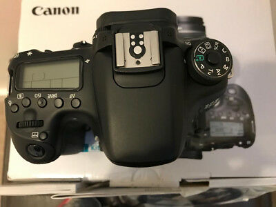 Canon EOS 70D 20.2MP Digital SLR Camera - Black (Body Only) Excelent Condition