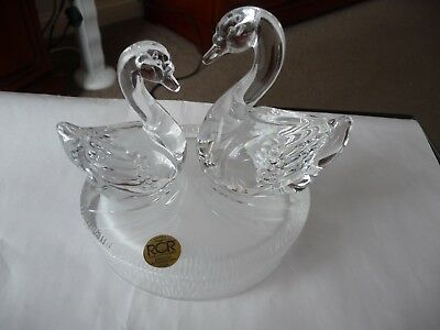 Italian RCR Royal Crystal Rock art Glass Figure Group of Two Swans / Ornament