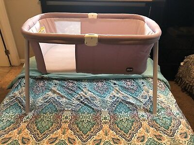 Chicco LullaGo Deluxe 2-Position Portable Bassinet, Charcoal