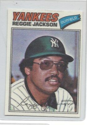 1977 Topps Cloth Stickers #22 Reggie Jackson Pack Fresh