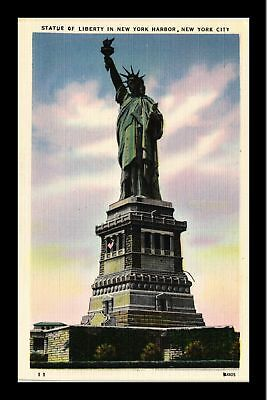 Dr Jim Stamps Us Statue Of Liberty New York Harbour New York City Postcard