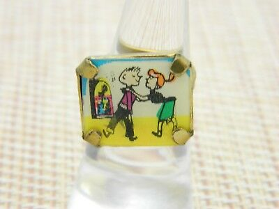 Vintage Moving Picture Hologram Dancing Couple Ring Size 5