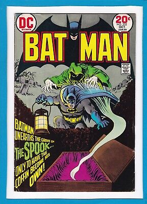 """Batman #252_October 1974_Fine+_""""in The Grave Of...the Spook""""_Bronze Age Dc!"""