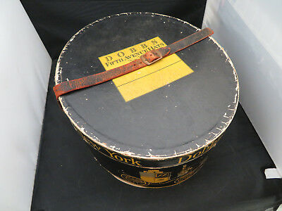 Lady Dobbs Fifth Ave NY - Vintage Hat and Hat Box 1940s w/ Leather Straps