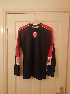 St Helens Rugby training shirt size medium men's vgc long sleeve.