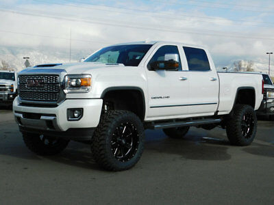 2018 GMC Sierra 3500HD DENALI LIFTED GMC CREW CAB DENALI 4X4 DURAMAX DIESEL CUSTOM WHEELS TIRES LEATHER NAV