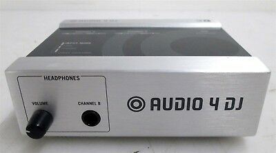 Native Instruments Audio 4 DJ, 4 In 4 Out USB Audio Interface | Powers ON