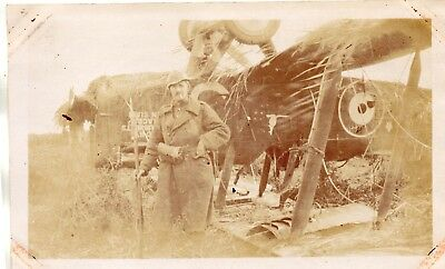 Photo Avion anglais capoté à RAMSCAPELLE près NIEUPORT Belgique Guerre 1914 1918