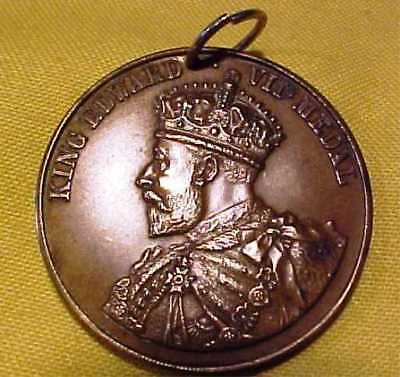 VINTAGE BRONZE MEDAL KING EDWARD VII - AWARDED BY LONDON COUNCIL c1910 SEE PICS