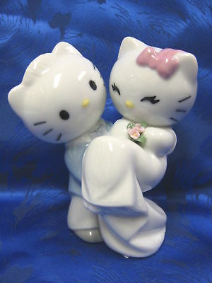 Hello Kitty Wedding Couple Porcelain Figurine  Nao By Lladro   1662