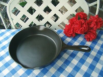 Wagner Ware Sidney -O- Cast Iron Skillet - #6 – #1056 with Heat Ring