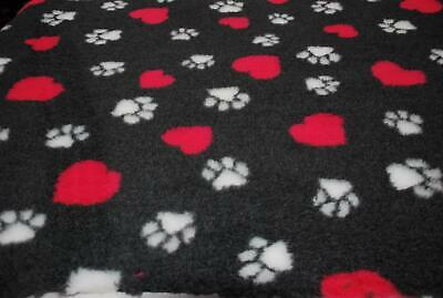 Professional NON SLIP Veterinary Dog Puppy Vet Bedding LG PAWS HEARTS - CHARCOAL