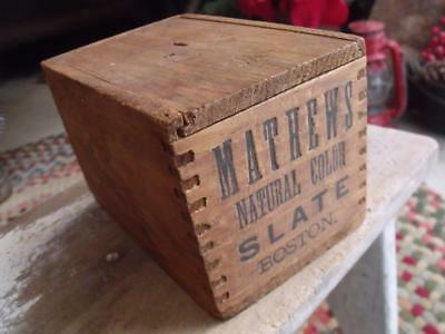 Small Rustic Primitive Vintage or Antique Slide Topped Wood Box Dovetailed Joint
