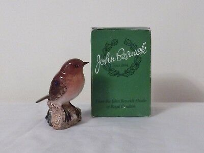 Beswick Bird Figurine -  Robin No. 980 - Made in England.  Excellent condition.