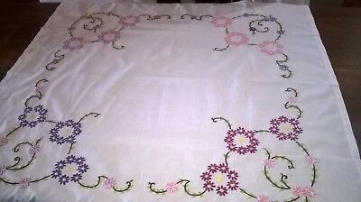 Vintage Hand Embroidered Table Cloth Pretty Floral Design