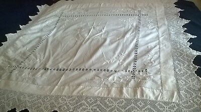 "Vintage White Tablecloth Hand Embroidery, Pulled Thread Work  6""crochet Edge"
