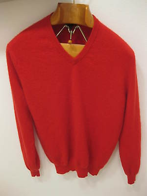 Club Room Estate 2-Ply Red Cashmere V-Neck Long Sleeve Sweater Medium