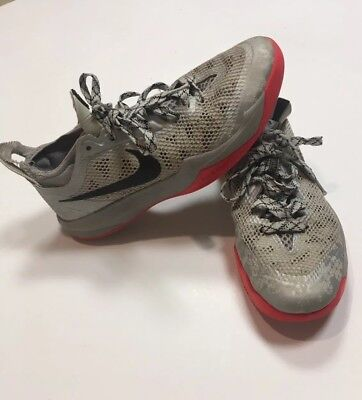 12b0a42198c NIKE AIR ZOOM Crusaders Men s Shoe Size 7.5 Silver Platinum 642855 ...