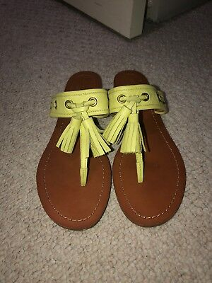 Coach Lime Green Leather Thong Flip Flops Sandals Shoes Women's Size 8