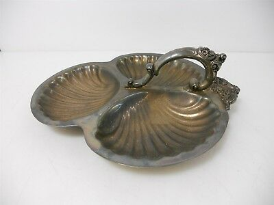 Wallace Silver Plate Vintage Snack Tray w / Handle