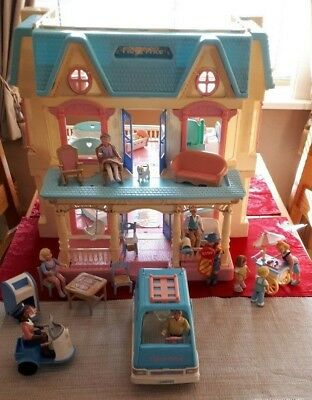 Vintage Fisher price dolls house + loving family people & more - over 50 items +