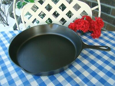 Griswold Cast Iron #12 Large Block Logo Skillet / Heat Ring – Cleaned and Season