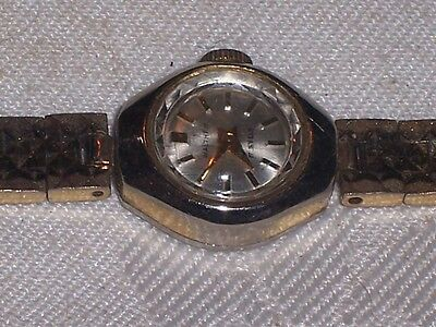 Vintage Waltham Gold Plated 17 Jewel Mechanical Windup Ladies Watch Parts/Repair