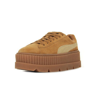 6e9352985a39 Chaussures Baskets Puma femme Rihanna Cleated Creeper Suede taille Marron  Cuir