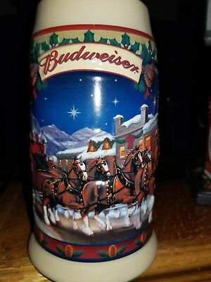2003  Anheuser Busch  AB  Budweiser Holiday Christmas Beer Stein Clydesdales NIB