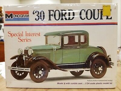 1974 Monogram 30 Ford Coupe Model A Green Model Kit No 7551