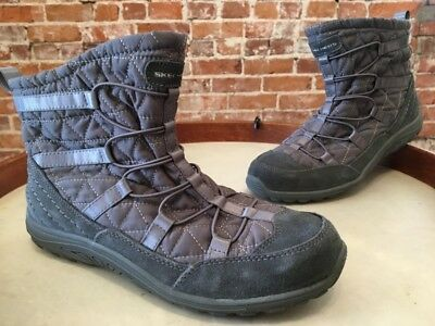 2bf8f4d5840d3 Skechers Reggae Fest Steady Grey Quilted Bungee Ankle Booties Boots 8 New