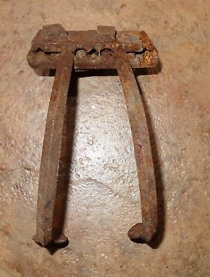 Old Vintage Metal Cast Iron? Cultivator Plow Head Primitive 2 Tine Farm Tool