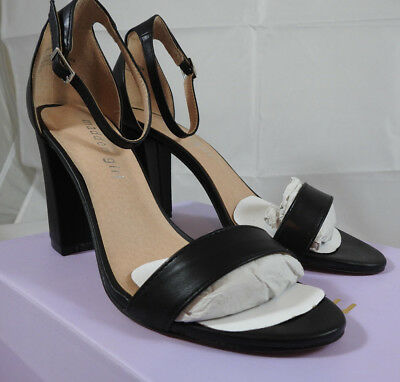 45c70f858b17e PRE-OWNED GORGEOUS Madden Girl Women Wedge Shoes - size 6 but fits ...