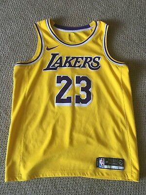 buy online bd52e 44636 NIKE LEBRON JAMES LA Lakers Jersey Size Large - Gold - Very Good Condition