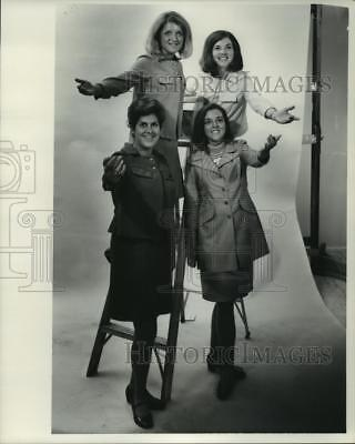 """1968 Press Photo Four members of the """"Up With People!"""" group - mjp35105"""