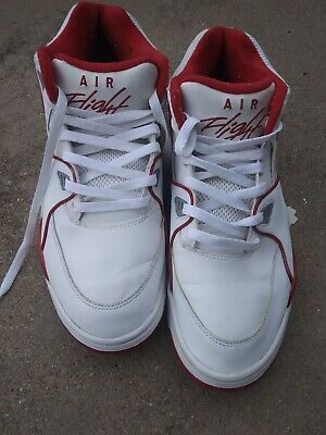 4359bb76aa3ef9 RARE🔥 Nike Air Flight  89 White Red Chicago Bulls Sz 10.5 306252-105