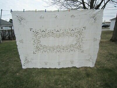 MADEIRA Portugal Off White LINEN Cutwork & Embroidered TABLECLOTH 70 x 102