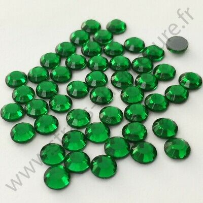 Strass thermocollant rond hotfix VERT SAPIN, 2mm, 3mm, 4mm, 5mm, 6mm au choix