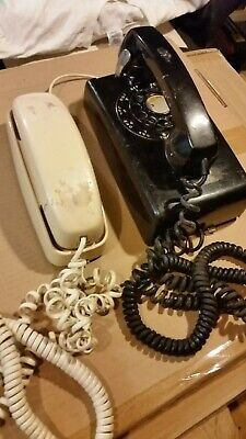 Vintage lot of two phones Bell Telephone Western Union,  ATT desk push button
